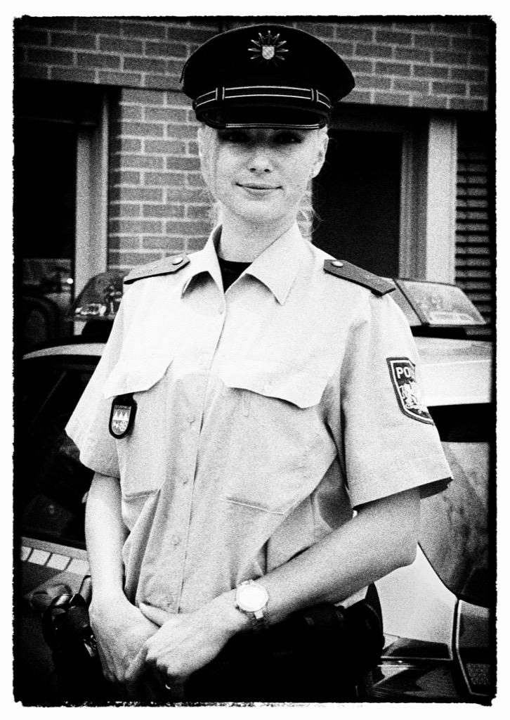 Von Uniformen war Eugenia G. schon immer fasziniert. Das engt den Berufswunsch etwas ein.