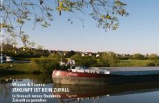 Frachtschiff auf dem Main bei Dettelbach.